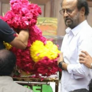 Celebrities who paid last respects to Kalaignar Karunanidhi at Rajaji Hall